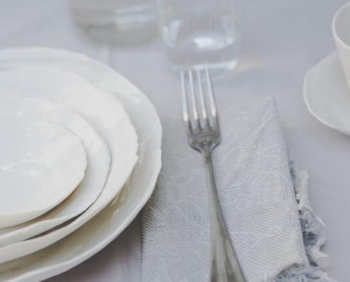 Hochzeit-Porzellan-handgemacht-Mühlviertel-Leinen-bezaubernd